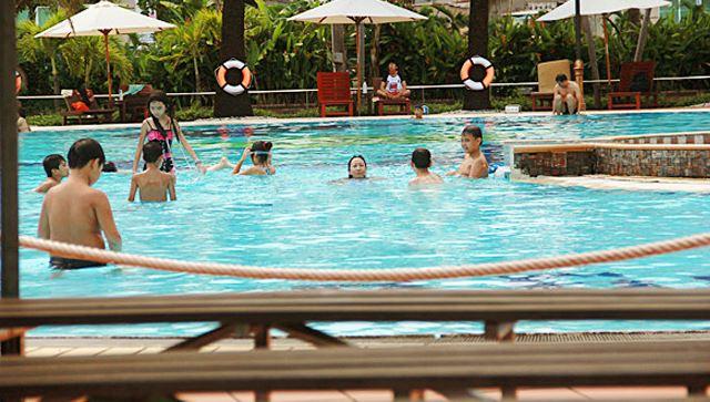 Review hồ bơi Văn Thánh Sài Gòn