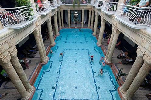 hồ bơi công cộng hcm